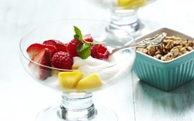 Обои клубника, yogurt, крем, фрукты, йогурт, малина, raspberry