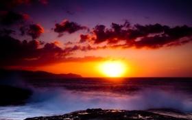 Картинка море, белый, фиолетовый, солнце, облака, закат, горы