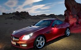 Обои мерседес, красный, пустыня, авто