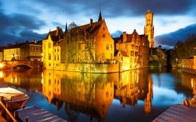 Картинка ночь, мост, огни, лодка, дома, канал, Бельгия