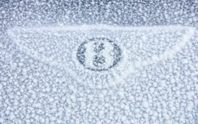 Обои 3000x2001, машина, car, sign, Bentley Continental GT, macro, снег