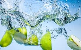 Обои яблоки, вода, дольки