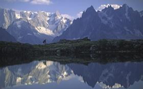 Обои вода, горы, отражение, путешествия, камни, люди, скалы