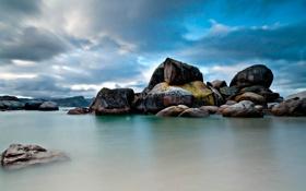 Обои море, камни, скалы, Пейзаж
