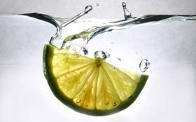 Обои lime, лайм, вода, долька
