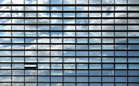 Обои небо, дом, окна