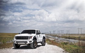 Обои белый, небо, облака, Ford, white, речка, форд