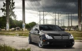 Обои небо, тучи, чёрный, Mercedes, black, мерседес, высоковольтные столбы