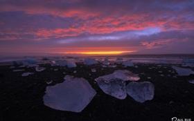 Обои пляж, берег, лёд, вечер, Исландия, ледниковая лагуна Йёкюльсаурлоун