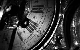 Обои старина, часы, черно белое, циферблат