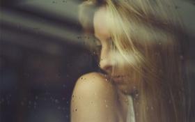 Картинка стекло, девушка, капли, блондинка