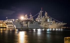Обои ночь, корабль, причал, подсветка, десантный, USS Bataan, (LHD-5)