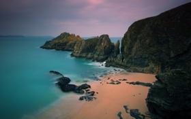 Обои песок, море, вода, скала, камни, океан, скалы