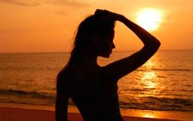 Обои песок, пляж, закат, солнце, девушка, море