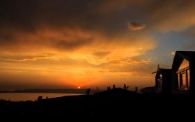 Картинка облака, Закат, горизонт, небо, солнце, река, домик
