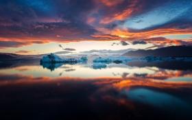 Обои отражение, океан, рассвет, айзберги