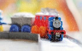 Обои дождь, игрушка, поезд