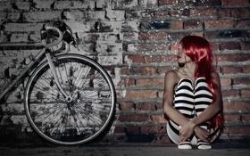 Картинка девушка, велосипед, стена