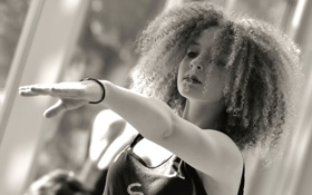 Картинка девушка, танец, кудряшки, Festival of Dance