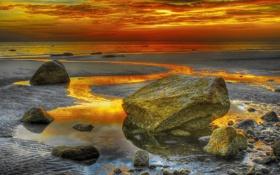 Обои море, облака, камни, берег, отлив, hdr, зарево