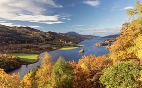 Картинка осень, лес, небо, облака, деревья, горы, река