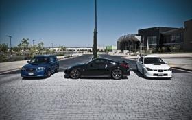 Обои белый, синий, город, чёрный, брусчатка, Subaru, Impreza