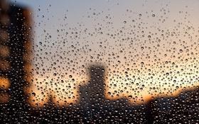 Обои стекло, капли, город, дождь, окно