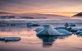 Картинка холод, лед, море, закат, горы, отражение, льдины