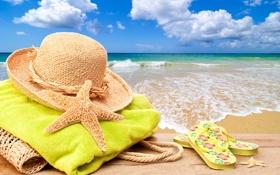 Обои summer, vacation, beach, accessories, starfish, towel, bag, hat, sea