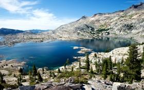 Картинка США, камни, скалы, озеро, Sierra Nevada, деревья, Lake Aloha