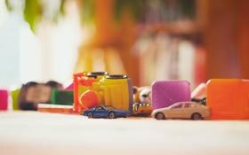 Картинка кубики, ковер, игрушки, модельки