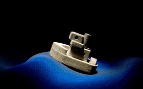 Обои море, игрушка, корабль