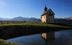 Обои вода, горы, отражение, Италия, часовня, Italy, Больцано