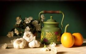 Обои цветы, стол, чайник, Апельсины, чеснок