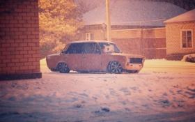 Обои зима, машина, авто, снег, копейка, диски, классика