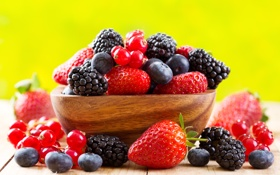Обои ягоды, клубника, чашка, fresh, смородина, ежевика, strawberry