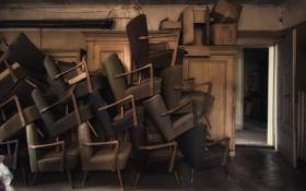 Картинка комната, интерьер, дверь, кресла