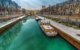 Обои река, канал, дома, Франция, Нарбон, мост, корабль