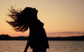 Картинка девушка, солнце, закат, природа, фон, обои, настроения