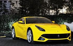 Картинка Ferrari, суперкар, феррари, yellow, передок, F12 Berlinetta