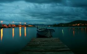Картинка бухта, город, река, пирс, вода, лодка, огни