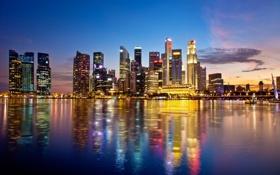 Картинка вода, город, отражение, небоскребы, вечер, зарево, набережная