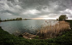 Обои вода, пасмурно, берег, Природа