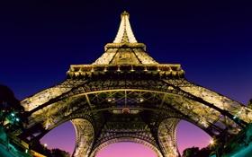 Обои небо, огни, снизу, Эйфелева башня