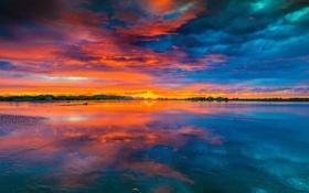 Картинка небо, облака, озеро, отражение, вечер, зарево
