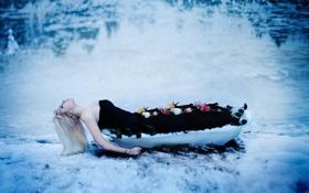 Картинка девушка, цветы, поза, ванна