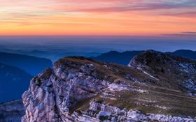Обои пейзаж, закат, скала, вид, высота, долина