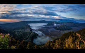 Обои небо, облака, туман, Индонезия, Ява, Tengger, вулканический комплекс-кальдеры Тенгер
