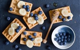 Обои blueberries, waffles, ягоды
