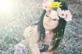 Картинка трава, девушка, цветы, венок